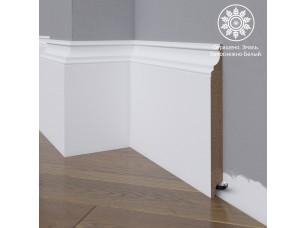 Белый плинтус  Madest Decor МДФ 27-185-18 окрашенный