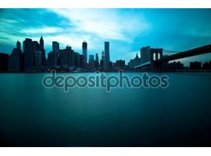 Фотообои «Бруклинский мост и Манхэттен небоскребов, Нью-Йорк Сити. продолжительным»