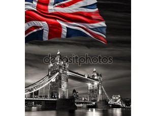 Фотообои «London Tower Bridge с флагом Англии»