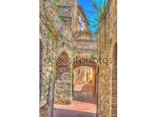 Фотообои «арки в узкой улице в Сан-Джиминьяно»