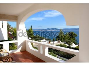 Фотообои «вид на море из квартиры в роскошный отель, peloponnes, Греция»