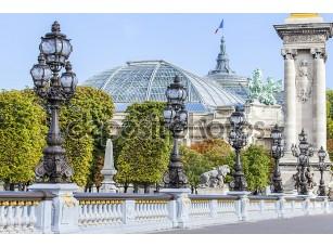 Фотообои «Париж, Франция, 29 сентября 2015 года. Декоративное уличное освещение на мост Александра Iii»