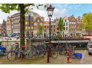 Фотообои «Велосипеды на улице Амстердама, Голландия, Нидерланды»