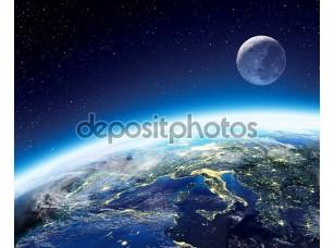 Фотообои «земля и лунное представление от пространства ночью - Европа»