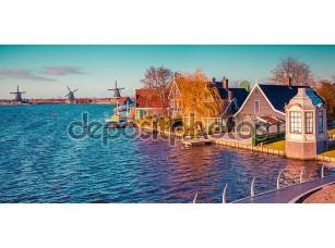 Фотообои «Panorama of the tipical Dutch village Zaanstad»