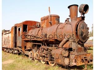 Фотообои «Old rusty steam locomotive»