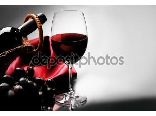 Фотообои «Бокал красного вина»