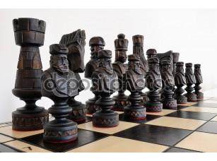 Фотообои «Большие шахматы на доске»