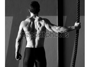 Фотообои «CrossFit тренажерный зал человек, держащий руку альпинистская веревка»