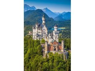 Фотообои «Neuschwanstein Fairytale Castle near Fussen, Bavaria, Germany»
