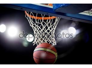 Фотообои «Баскетбол, пройдя через обруч на спортивной арене»
