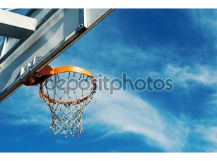 Фотообои «Баскетбол Хооп agaist голубое небо»