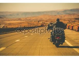 Фотообои «Байкер езда мотоцикл»