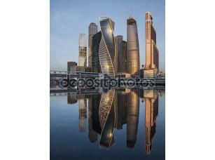 Фотообои «Бизнес центр Москва Сити на рассвете.»