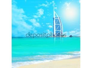 Фотообои «Арабские Бурж Аль на пляже Джумейра в Дубае»