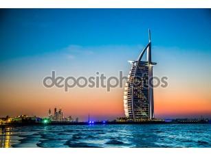 Фотообои «Бурдж аль Араб является роскошный 5 звезд отель»