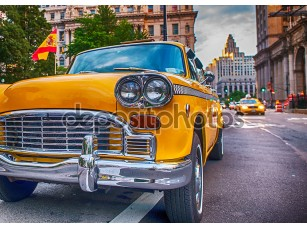 Фотообои «Винтаж старое такси в Нью-Йорке. Классические желтые такси в Истсайд»
