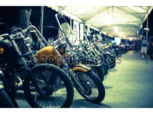 Фотообои «Выставка с мотоциклами»