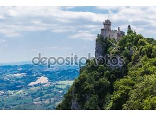 Фотообои «Castle of San Marino»