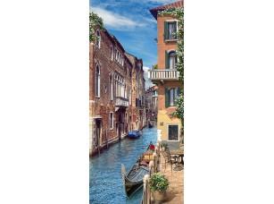 Фотообои «Венецианская улица с гондолой»