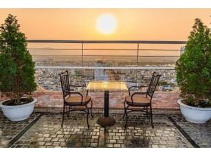 Фотообои «Вид с верхней части Хоанг Ань Джиа Лай бар отеля»